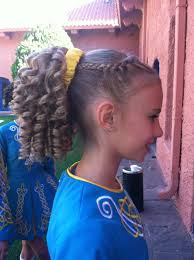 hairstyles for an irish dancing feis how did your hair to curl like that its actually spelled feis