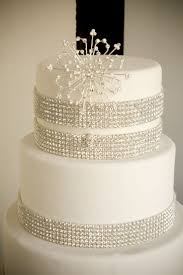 wedding cakes with bling 133 best wedding cakes with bling and lace images on