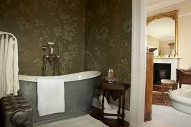 Bathroom Mural Ideas by 50 Floral Wallpaper And Mural Ideas