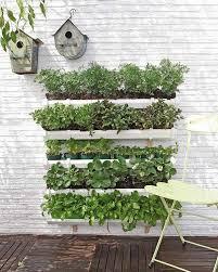 tutorialous com 21 easy vertical garden ideas