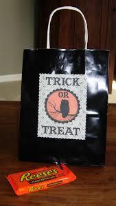 free halloween printable trick treat bag label graphics