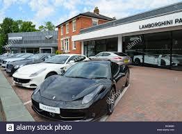 lamborghini car dealerships hr owen lamborghini pangbourne car dealers station road