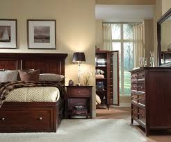 Maine Bedroom Furniture Maine Craftsman Ellsworth Gentleman S Chest Cherry Levin Furniture