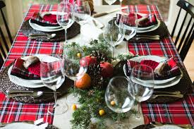 bed bath and beyond christmas table linens we totally sleighed this christmas table above beyondabove