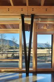 photos hgtv structural beam in modern mountain home loversiq