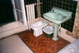 Bidet Commode What Is A Bidet Toilets Of The World