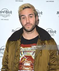 Vanity Night Club Las Vegas Pete Wentz Celebrates New Year U0027s Eve At Vanity Nightclub In Las