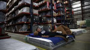 Capital Furniture In Jackson Ms by Astros Fans Win Again Furniture Company Refunds 10 Million Wjax Tv
