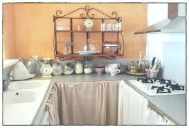 cache rideau cuisine 40 nouveau rideau coulissant meuble cuisine 12072 intelligator4me com