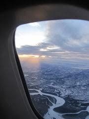 rã ckenpolster sofa 幻想と現実の狭間から アラスカ旅行 日本 フェアバンクス到着