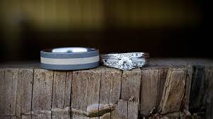 Alternative Wedding Rings by Unique Alternatives To Traditional Wedding Rings