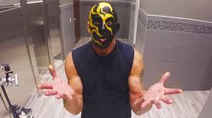 Goldust Halloween Costume Goldust Applies Fiery Face Paint