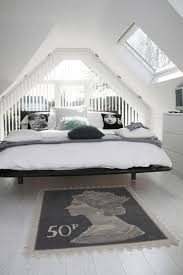 Black And White Bed 10 Tips To Make A Small Bedroom Look Great