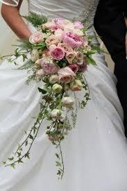 Cascade Bouquet 3 Popular Cascading Bouquets