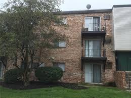 1 Bedroom Apartments Cincinnati Towerview Apartments At 5313 E Knoll Court Cincinnati Oh 45239
