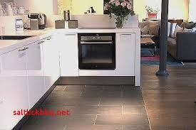 cuisine sol parquet cuisine ouverte carrelage parquet pour idees de deco de cuisine