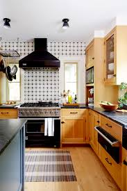are oak kitchen cabinets still popular 8 ways to decorate with oak cabinets for a modern look