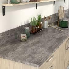 plan de travail cuisine beton béton ciré dans la cuisine côté maison
