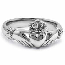 clatter ring silver claddagh ring uls 6334
