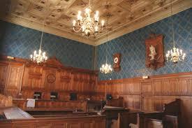 chambre correctionnelle le tribunal correctionnel de condamne deux internautes pour