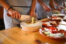cuisine domicile partagez votre talent culinaire grâce au cours de cuisine à domicile