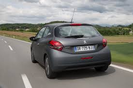 peugeot 208 2004 facelifted peugeot 208 reaches uk shores priced from 11 695