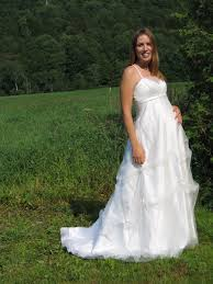 maternity wedding dresses dressed up