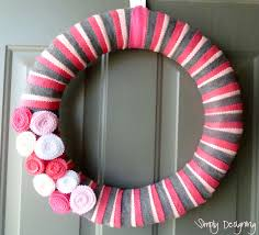 simple spring felt wreath