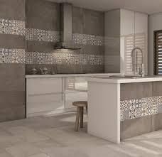 zellige de cuisine brication de carrelage sols et murs multicerame le avec zellige