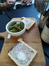 amour et cuisine oeufs en meurette et pâte en croûte picture of josephine a table