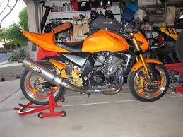 fs 2003 kawasaki z1000 with close to 8k in modifications and only