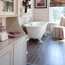 Bathroom Laminate Flooring Laminate Flooring For Your Bathroom