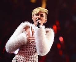 surprise all you naysayers miley cyrus really can sing