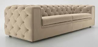 canapé chesterfield tissus canapé de style chesterfield en tissu 3 places beige tudor
