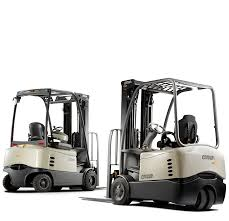 sc series counterbalance forklift crown equipment corporation