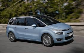 citroen usa citroen throws in free tech pack for grand c4 picasso 5000 value