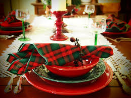 witching christmas dining table decorations ideas with pottery