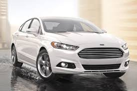 difference between ford fusion se and sel 2015 subaru legacy vs 2015 ford fusion which is better autotrader