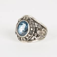 highschool class ring 10k white gold fox high school class ring ebth