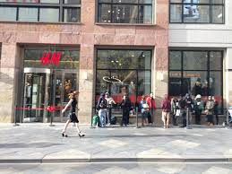 Jobs H M by H U0026m Brings Home Collection To 16th Street Mall Store U2013 The Denver Post