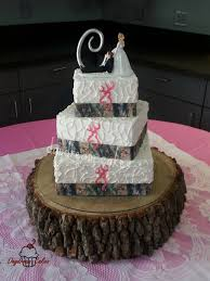 edible wedding cake decorations camo and pink browning deer wedding cake the ribbon is edible