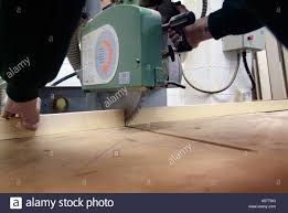 power cross cut saw woodwork workshop craftsman joiner vice clamp