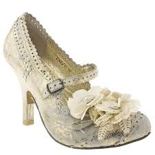 vintage style wedding shoes vintage style wedding shoes look like irregular choice the