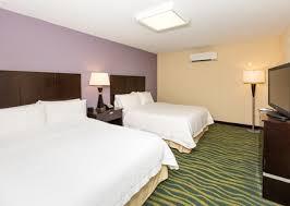 2 Bedroom Suite Daytona Beach Hampton Inn Daytona Beach Beachfront Fl Hotel