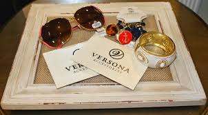 versona black friday versona accessories and a giveaway peaches in a pod