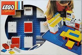 lego kitchen 261 4 dolls kitchen brickset lego set guide and database