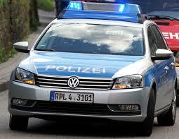 Italiener Bad Neustadt Neustadt Mann Bedroht Angestellte In Spielhalle Mit