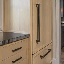Cabinet Hardware Bronze Rocky Mountain Hardware The Rail Cabinet Pull Ck260 Rail Grip
