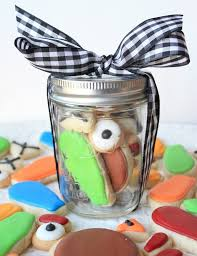 thanksgiving oreo turkey cookies recipe munchkin munchies turkey cookie in a jar