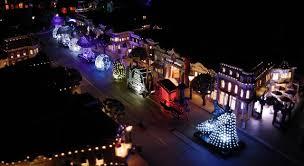 disney electric light parade mechanizing a miniature main street electrical parade imagineering